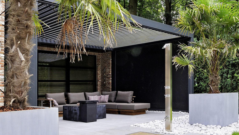 Terrasse avec abri à lames orientables